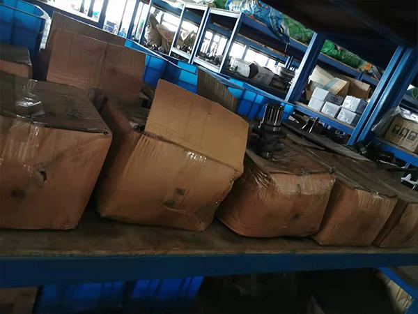 汉祥机械仓库货架-3