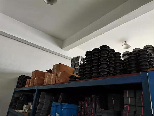 汉祥机械仓库货架-2